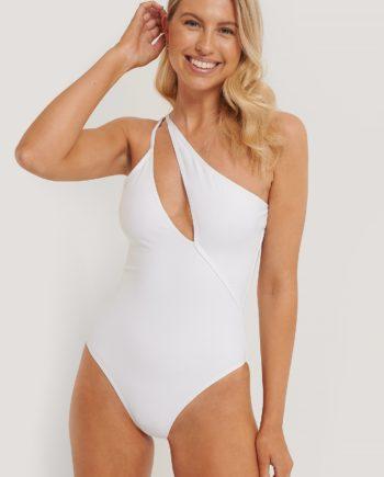 Nadine x NA-KD Badeanzug Mit Nur Einer Schulter - White